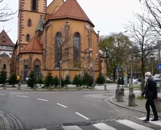 Wir sind da! Ak Asyl/Asylpfarramt Stuttgart